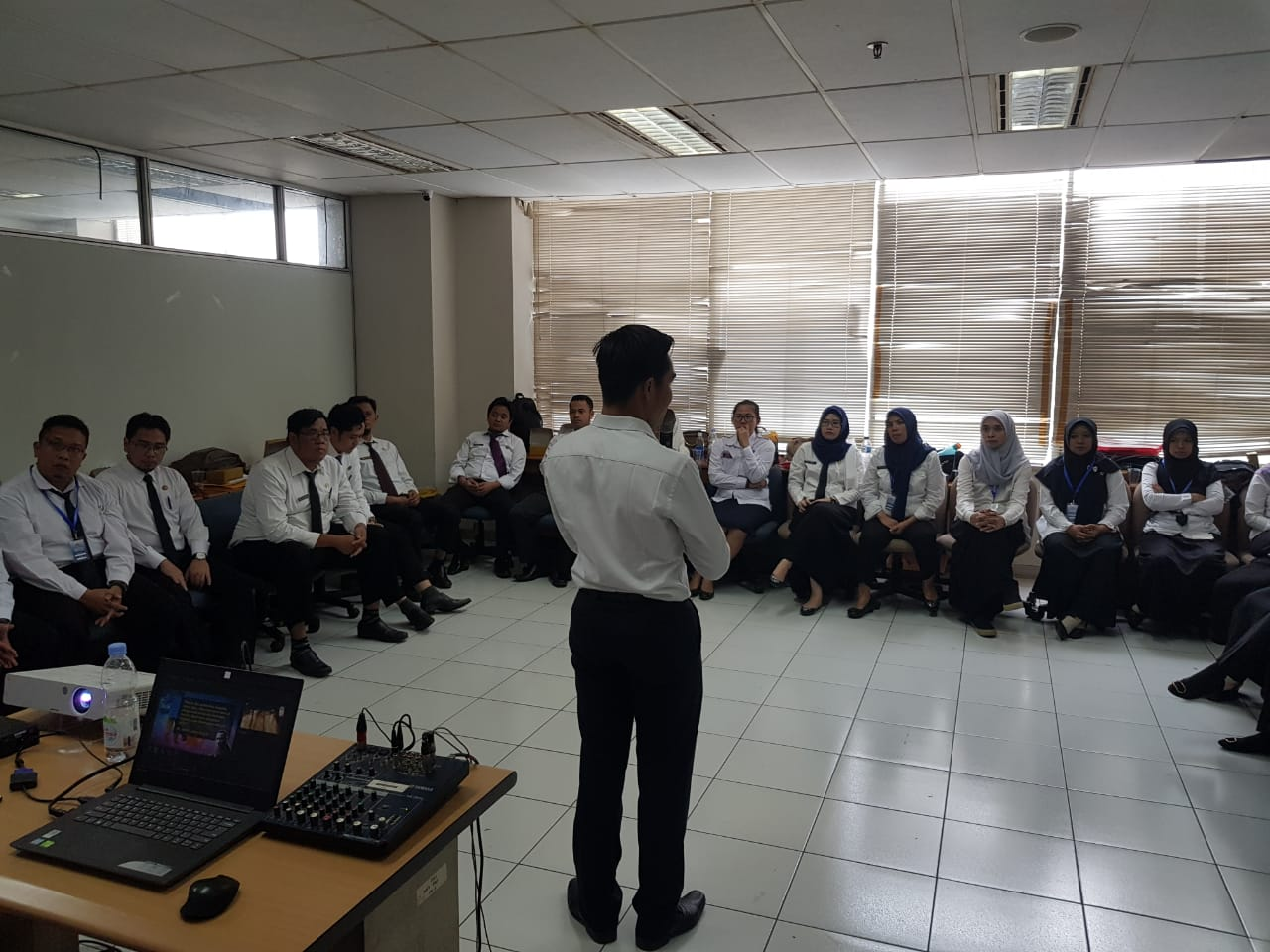 training meaning of work and motivation, act consulting, ptsp dki jakarta, pemprov dki jakarta