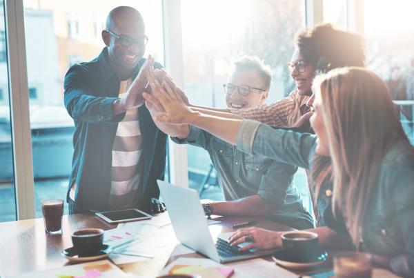 membuka jalur komunikasi dengan karyawan millenials, act consulting