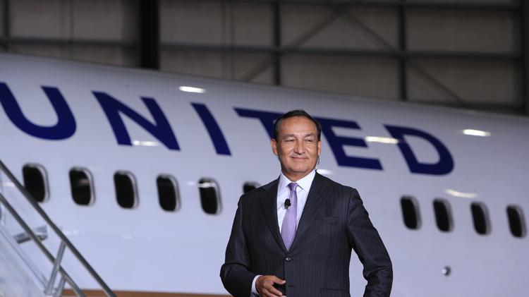 oscar munoz, ceo united airlines, tragedi pengusiran penumpang, act consulting