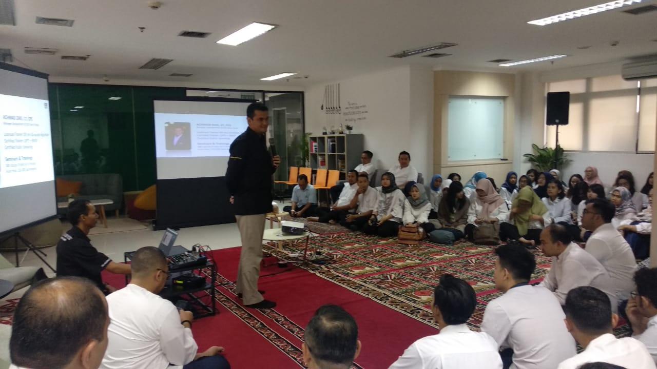 seminar sparkling ramadhan, lembaga manajemen aset negara, act consulting, ary ginanjar agustian
